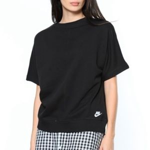 Nike Black Short Sleeve Pullover Sweater